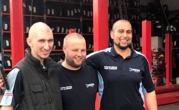 Tyre Centre go bald for Pendleside